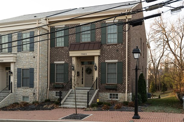 Single Family Residence, Historical,Transitional - Montgomery, OH (photo 1)