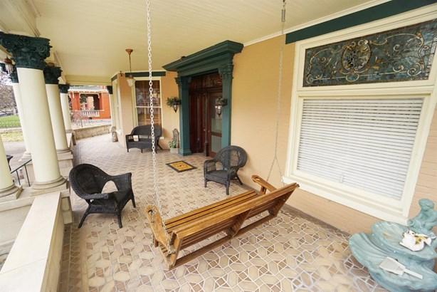 Single Family Residence, Historic,Colonial - Hamilton, OH (photo 3)