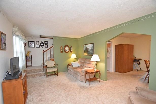 Tudor, Single Family Residence - Cheviot, OH (photo 4)