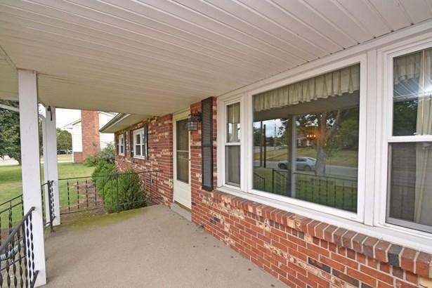 Single Family Residence, Ranch - Trenton, OH (photo 3)