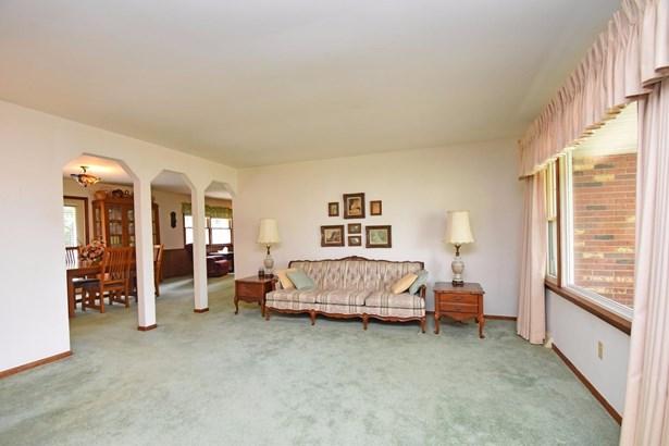 Single Family Residence, Ranch - Trenton, OH (photo 4)