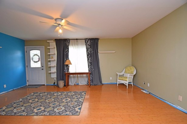 Single Family Residence, Ranch - Harrison, OH (photo 4)