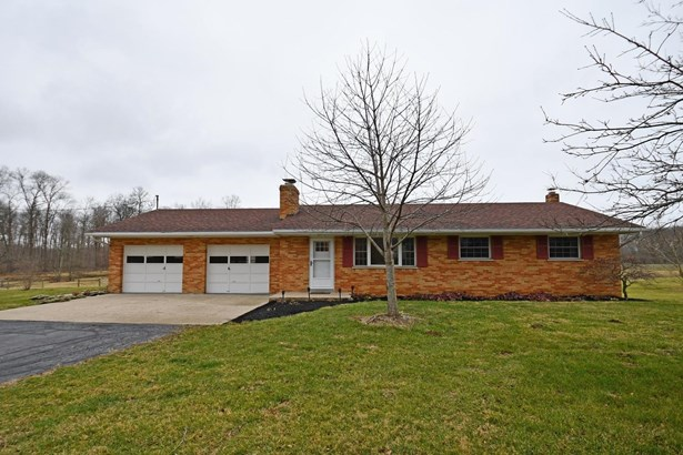 Single Family Residence, Ranch - Manchester Twp, IN
