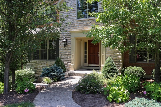 Single Family Residence, Traditional - Miami Twp, OH (photo 1)