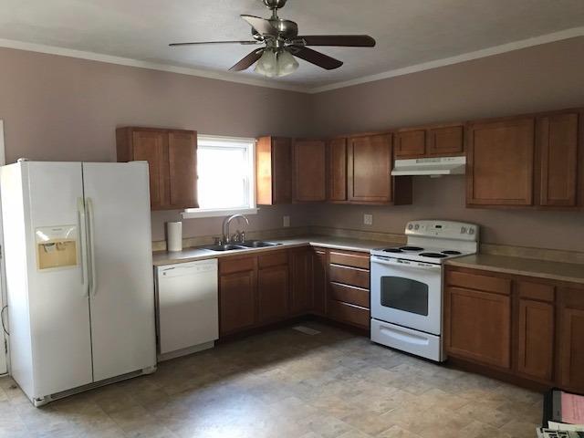 Single Family Residence, Historical,Traditional - Wayne Twp, OH (photo 4)