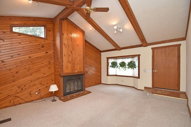 Single Family Residence, Ranch - Crosby Twp, OH (photo 4)