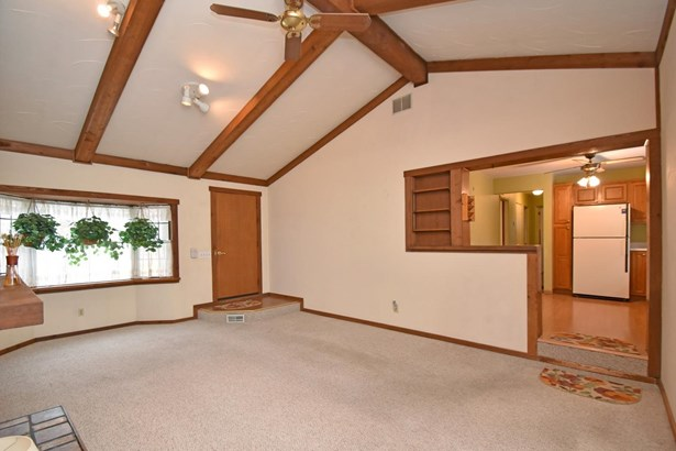 Single Family Residence, Ranch - Crosby Twp, OH (photo 5)
