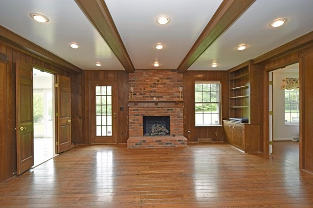 Single Family Residence, Colonial - Sycamore Twp, OH (photo 5)
