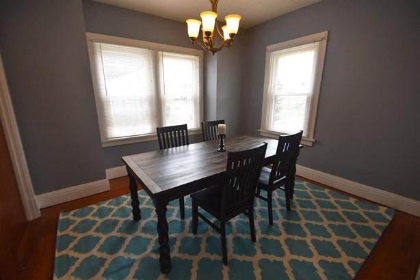 Cape Cod, Single Family Residence - Norwood, OH (photo 4)