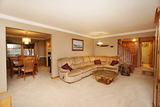 Single Family Residence, Traditional - Colerain Twp, OH (photo 3)