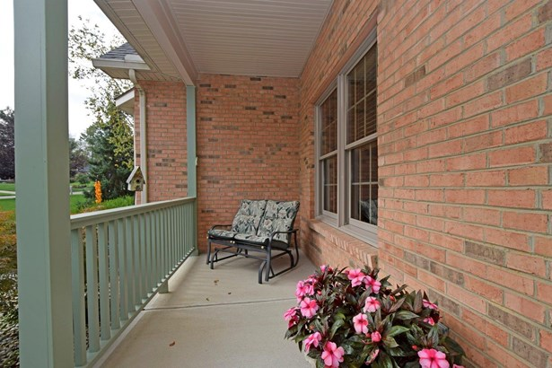 Transitional, Single Family Residence - Union Twp, OH (photo 2)