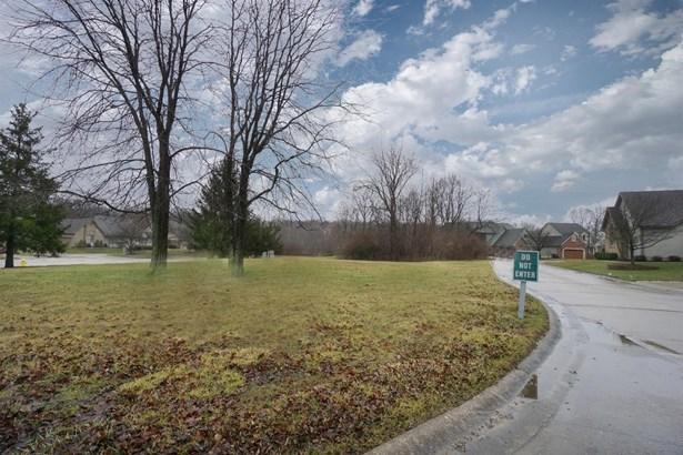 Single Family Residence, Traditional - Beavercreek, OH (photo 3)