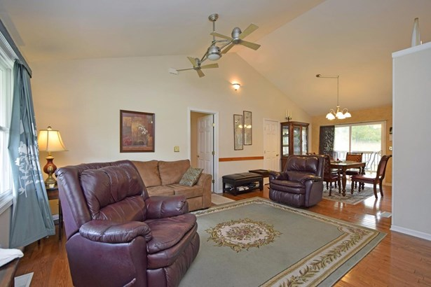 Single Family Residence, Ranch - Georgetown, OH (photo 4)