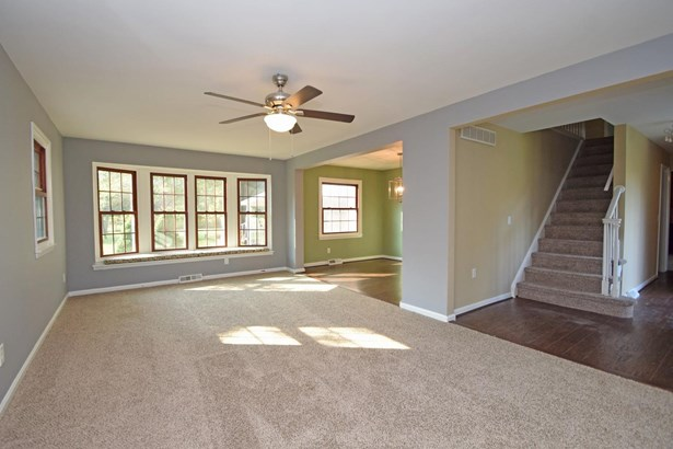 Single Family Residence, Traditional - Batavia Twp, OH (photo 4)