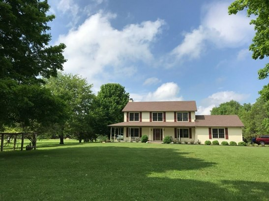 Single Family Residence, Traditional,Transitional - Clearcreek Twp., OH (photo 1)