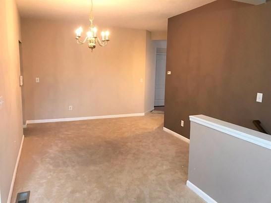 Transitional, Condominium - Cincinnati, OH (photo 4)