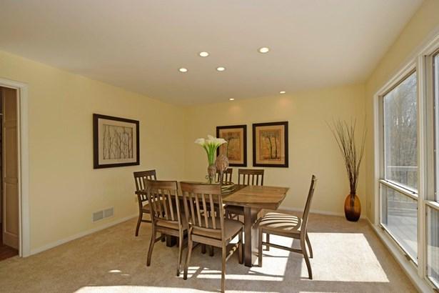 Single Family Residence, Contemporary/Modern - Pierce Twp, OH (photo 5)