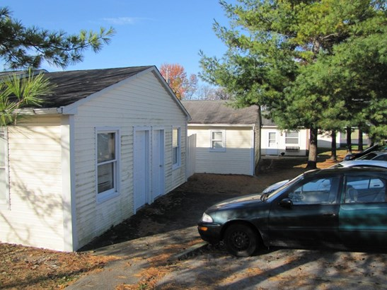 Apartment 5+ Units - Lynchburg, OH (photo 5)