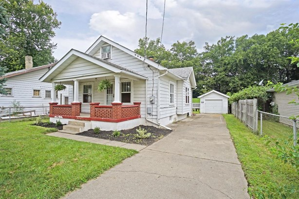 Cape Cod, Single Family Residence - Franklin, OH (photo 2)