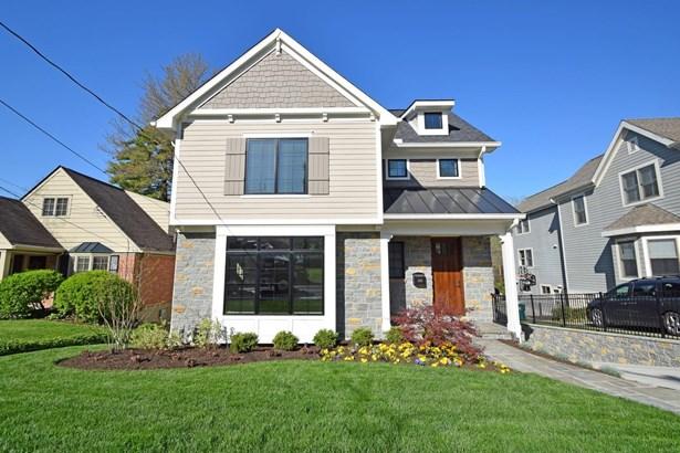Transitional, Single Family Residence - Cincinnati, OH (photo 1)