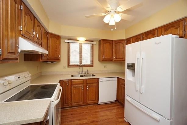 Condominium, Traditional - Wilmington, OH (photo 4)