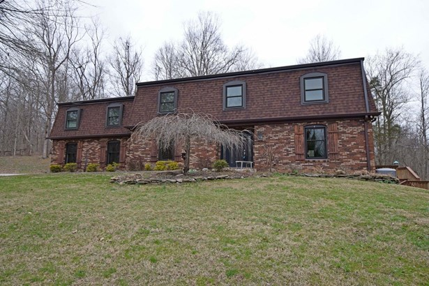 Single Family Residence, Colonial - Ohio Twp, OH (photo 1)