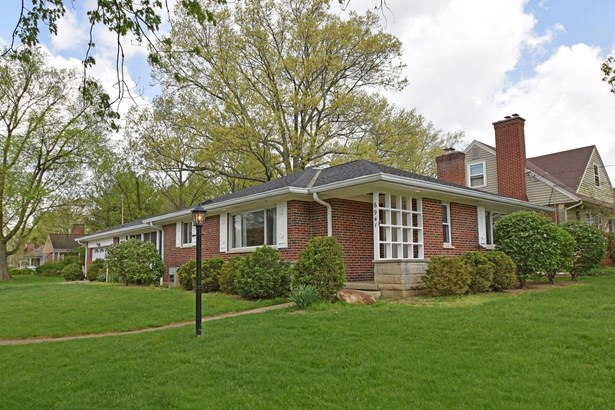 Single Family Residence, Contemporary/Modern,Ranch - Sycamore Twp, OH (photo 1)
