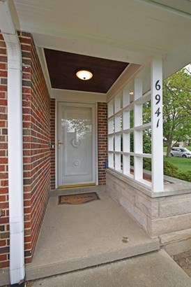 Single Family Residence, Contemporary/Modern,Ranch - Sycamore Twp, OH (photo 2)