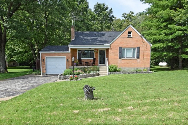 Cape Cod, Single Family Residence - Harrison Twp, OH