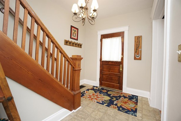 Single Family Residence, Traditional - Norwood, OH (photo 4)