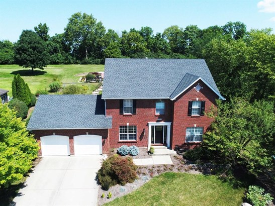 Transitional, Single Family Residence - Fairfield, OH (photo 1)