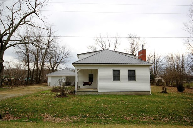 Single Family Residence, Traditional - Massie Twp, OH (photo 2)