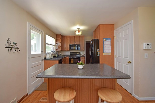 Cape Cod, Single Family Residence - Norwood, OH (photo 5)