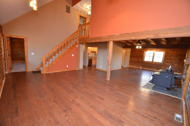 Single Family Residence, Log - Washington Twp, OH (photo 3)