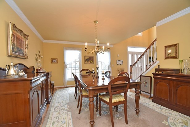 Single Family Residence, Traditional - West Chester, OH (photo 3)