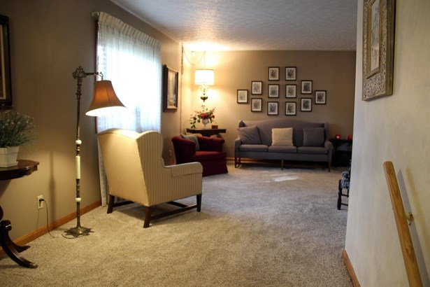 Single Family Residence, Traditional - Fairfield, OH (photo 5)