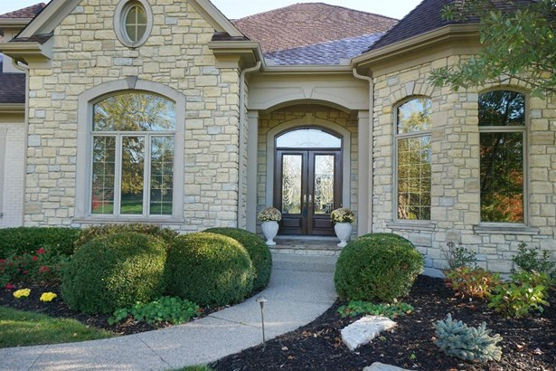 Single Family Residence, Traditional - Mason, OH (photo 2)