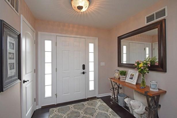 Single Family Residence, Ranch - Ohio Twp, OH (photo 2)