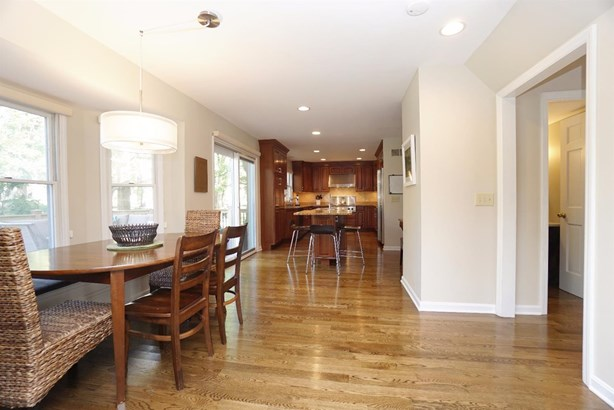 Single Family Residence, Colonial - West Chester, OH (photo 5)
