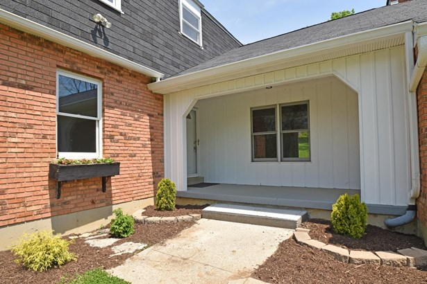 Colonial,Traditional, Single Family Residence - Morgan Twp, OH (photo 2)