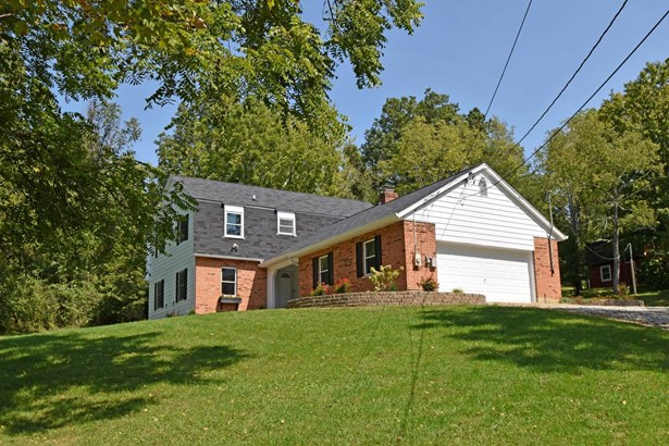 Colonial,Traditional, Single Family Residence - Okeana, OH (photo 4)