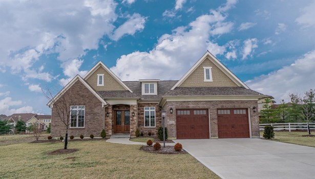 Single Family Residence, Ranch,Transitional - Deerfield Twp., OH