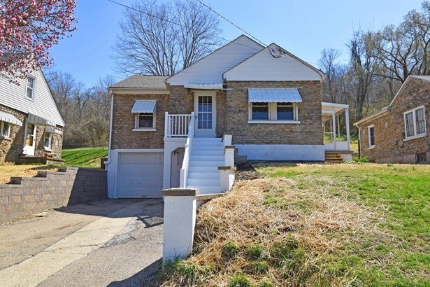 Ranch,Traditional, Single Family Residence - Lawrenceburg, IN