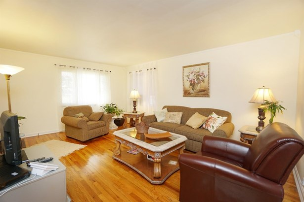 Multi Fam 2-4 units - Sycamore Twp, OH (photo 4)
