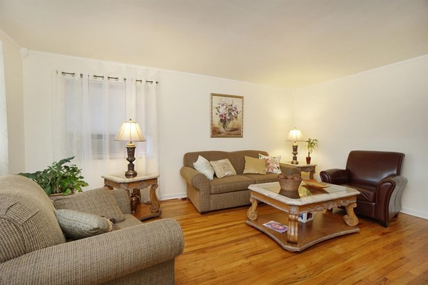 Multi Fam 2-4 units - Sycamore Twp, OH (photo 5)