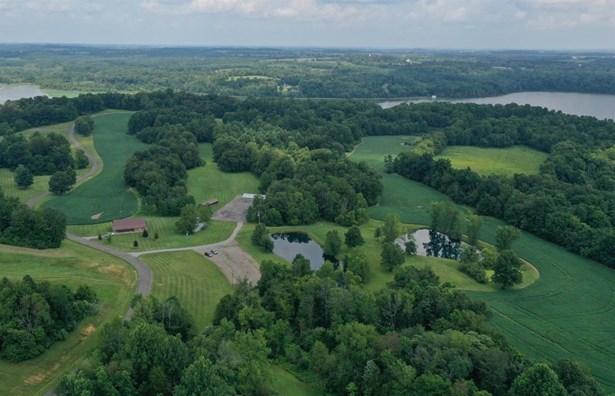 Chalet, Farm - Liberty Twp, OH