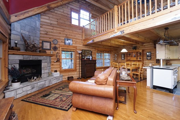 Single Family Residence, Log - Green Twp, OH (photo 4)