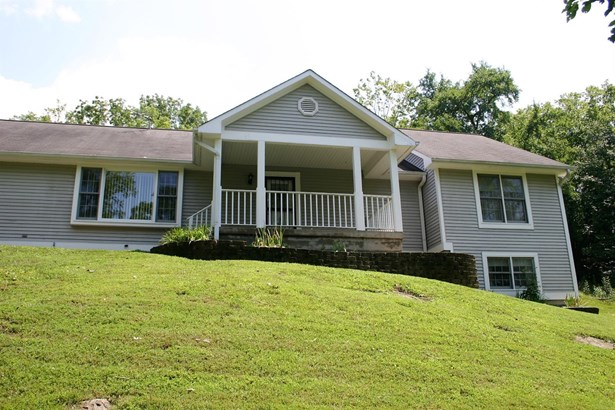 Single Family Residence, Ranch - Ohio Twp, OH