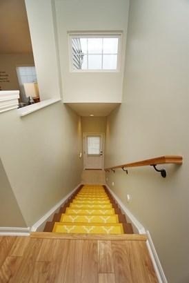 Condominium, Traditional - Harrison, OH (photo 2)