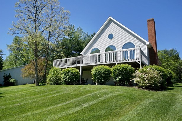 Transitional, Single Family Residence - Perry Twp, OH (photo 3)